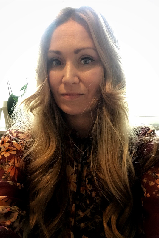 Karolina Domińska - certyfikowany psychoterapeuta